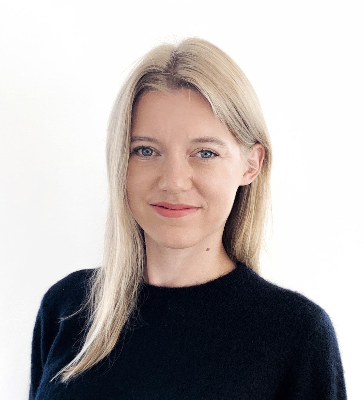 Julia Bernhard